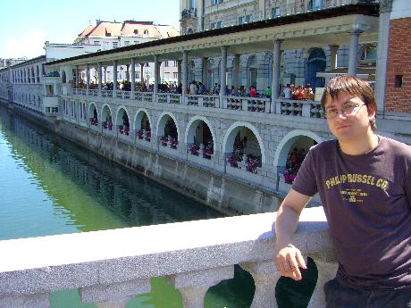 Ljubljanában a Három hídon